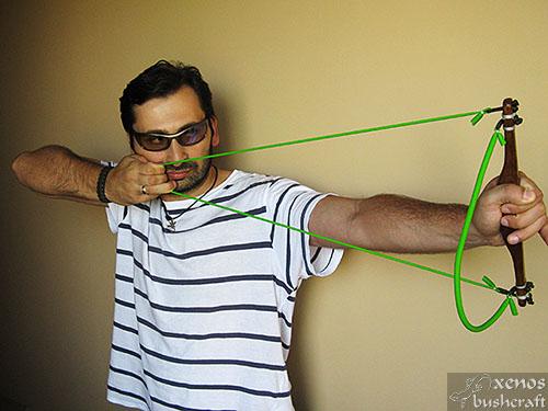 Тренажор за стрелба с лък - Използване на един ластик