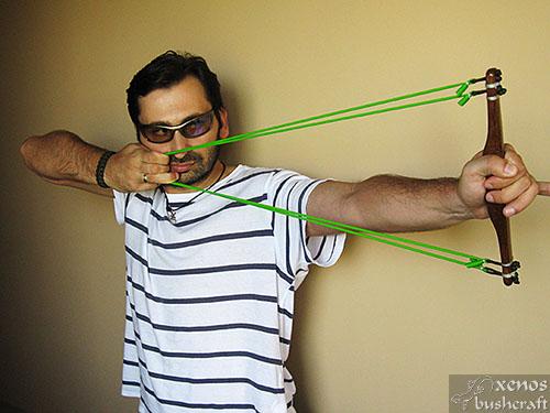 Тренажор за стрелба с лък - Използване на два ластика