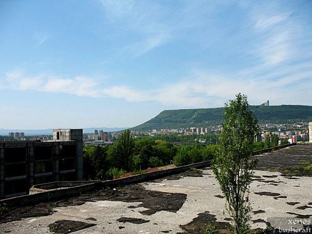 Изглед от покрива към града.
