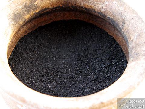 Лепило от борова смола - Смес на въглен и растителни фибри